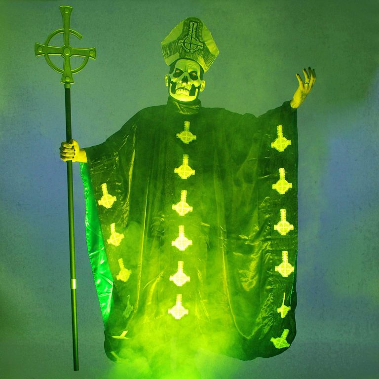 Cosplay Papa Emeritus - Banda Ghost