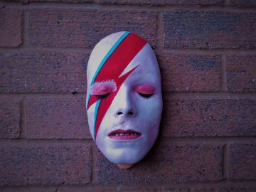 Máscara para pared de David Bowie