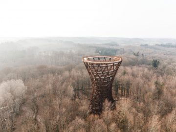 Camp Adventure Forest Tower