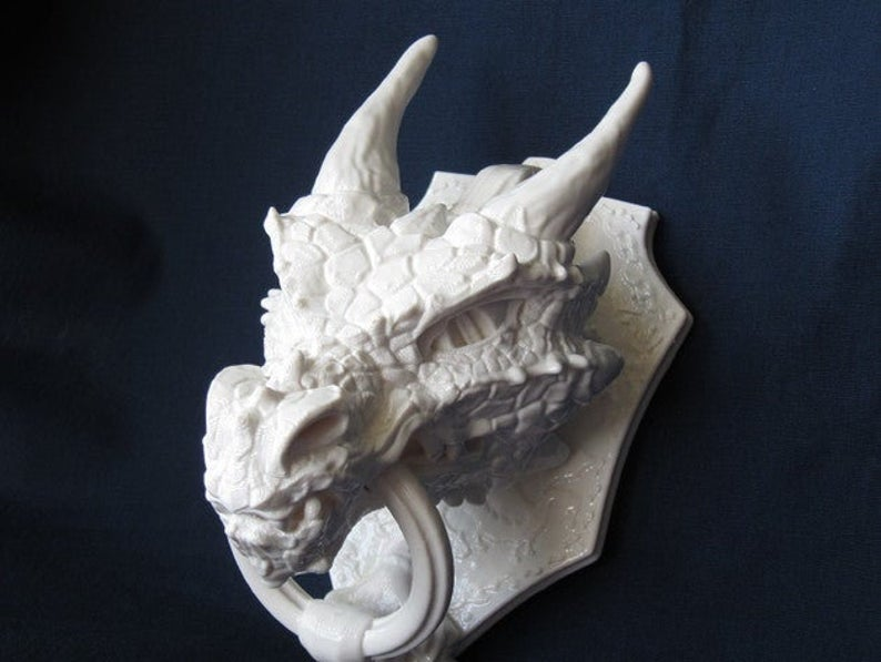 white dragon head